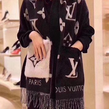 LV Louis Vuitton Pocket Mink Fleece Thick Scarf Women Fashion Pocket Cashmere Scarf Scarves