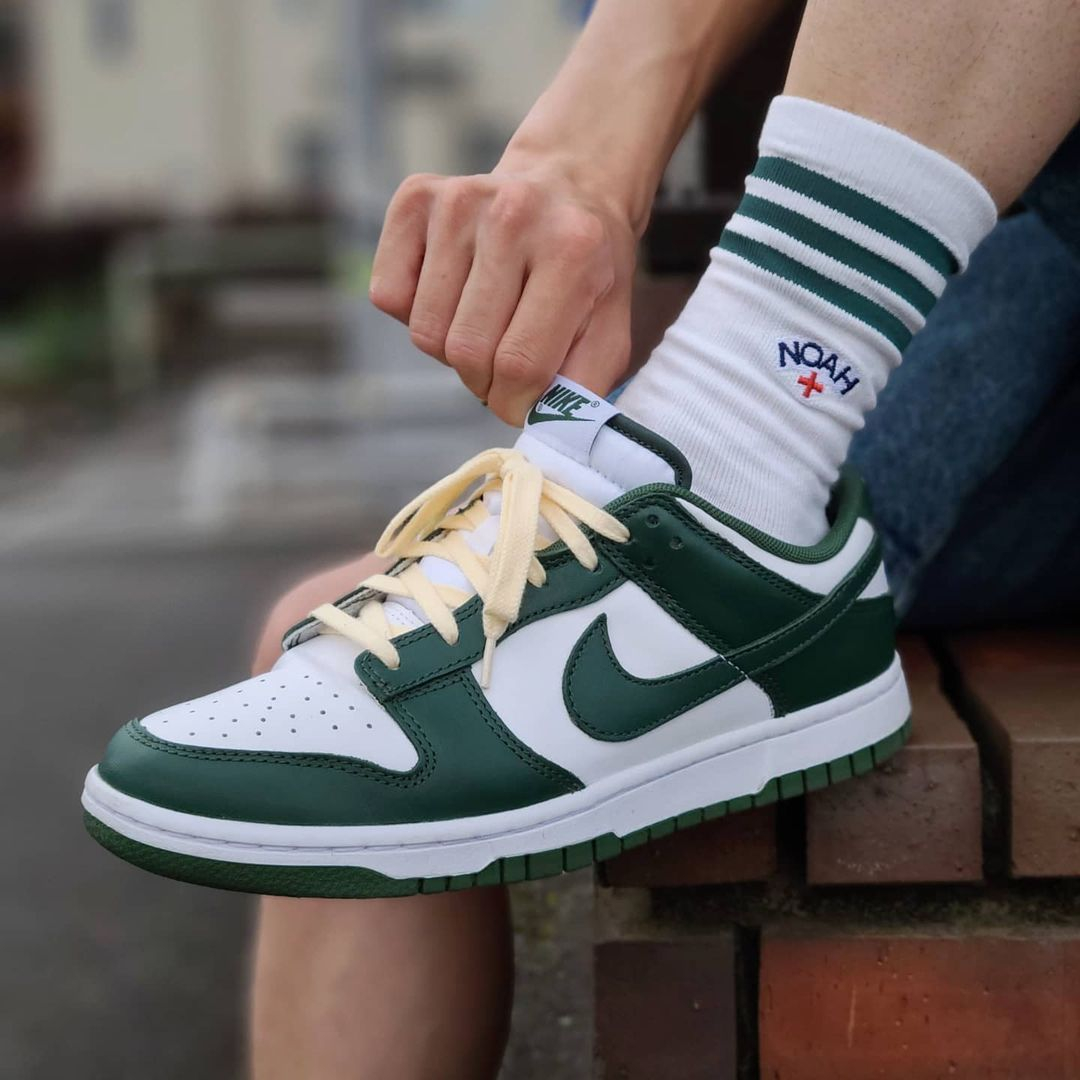 Image of Nike Dunk Low Team Green Sneakers Shoes