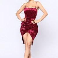 Anita Velvet Dress - Burgundy