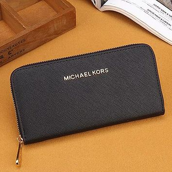 MK Michael Kors Women Leather Zipper Wallet Purse
