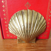 Detailed brass scallop shell bookends, high quality brass bookends