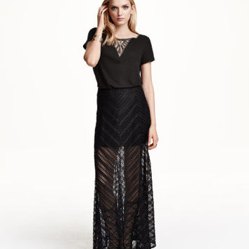 H&M Lace Maxi Skirt $25