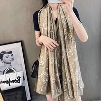 """""""FENDI""""Woman Casual Fashion Horse Personality Print   Double Sided Square Pattern Silk Scarf"""