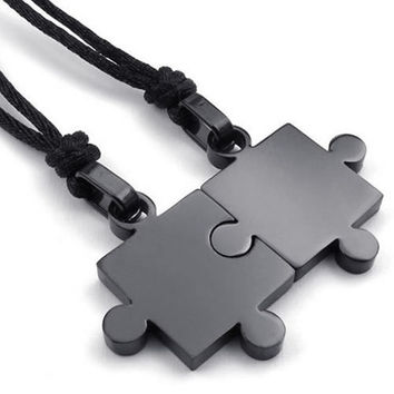 Fashion Jewelry 2pcs Lovers Mens Womens Puzzle Stainless Steel Pendant Love Necklace Set, Couples Valentine's Gift for Him and Her,  Color Black, with 20-22 inch Rope Chain (Size: 2.8 cm, Color: Black) = 1930178500