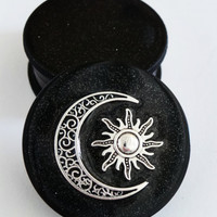 Sun & Moon Three part Magnetic Herb Weed Tobacco Grinder