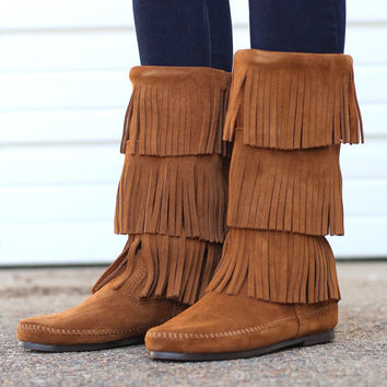 Minnetonka: 3-Layer Fringe Boot {Dusty Brown}