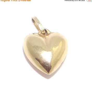 Sale - Valentines Day 14K Heart Charm Dainty Vintage Puffy Heart Pendant