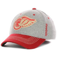 Reebok Detroit Red Wings 2014 Winter Classic Player Structured Flex Hat - Gray/red (L/XL)
