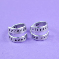 friends by heart / sisters by soul - Spiral Rings Set, Hand Stamped, Handwritten Font, Shiny Aluminum, Friendship, BFF, V2