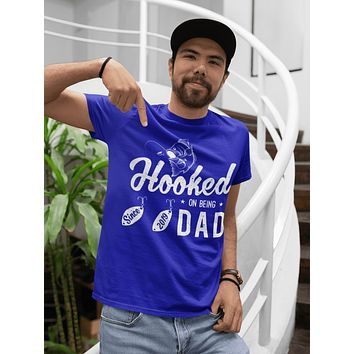 Men's Dad 2019 T Shirt Hooked On Being Dad Since 2019 Shirt T-Shirt Fishing Fisherman Father's Day Gift