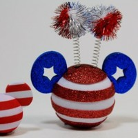 "Disney Parks Mickey Mouse ""USA Flag"" Antenna Topper & Mini Key Chain - Disney Parks Exclusive & Limited Availability + Colored Belt Clip Key Chain Included"