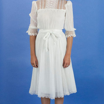 1970s White Gauze and Lace Young Edwardian Tea Length Dress // Size Small