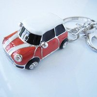 Christmas Gifts, Orange mini car , Personality keychain, especially,drop of oil plus ,grade crystal, white gold car,luxury,New year gift,