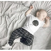 2016 summer cotton baby boy clothes short sleeved t-shirt+pants baby clothing set newborn infant clothing