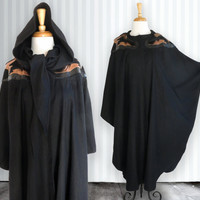 Vintage Wool Cape, 1980s Cape, Black, Neck Scarf and Hood, Leatther Applique and Fur Trimmings, Winter Coat - Poncho , One Size
