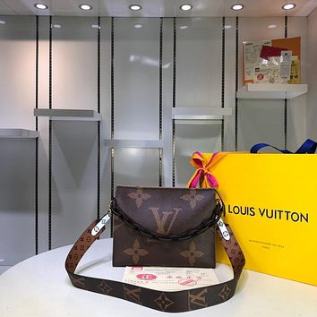 LV Louis Vuitton WOMEN'S MONOGRAM CANVAS SHOULDER BAG