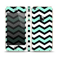 The Teal & Black Wide Chevron Pattern Skin Set for the Apple iPhone 5s