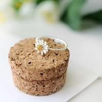 JE137 Cute Ring, Flower Ring, Daisy Ring