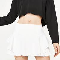 FLOWING FRILLED SHORTS