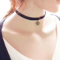 forever21 choker Shiny Jewelry Gift Stylish New Arrival Vintage Faux Suede Imperial crown Pendant Innovative Simple Design Crown Necklace [7786547783]