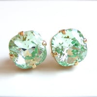 Mint green crystal earrings - square stone earrings - bridesmaid jewelry - made with swarovski crystals