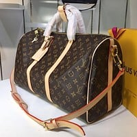 LV Louis Vuitton high-quality printed letters large-capacity luggage bag travel bag