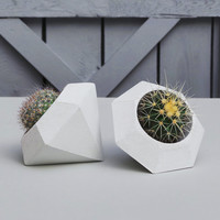 Concrete Planter - Geometric Diamond, Handmade Cachepot Perfect for Mini Succulents, Cactus or Airplants Planter, Modern Beton Diamant