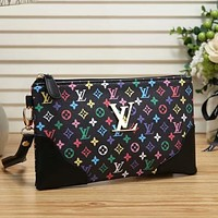 Louis Vuitton LV Hot Sale Trend Color Letter Print Zipper Clutch Cosmetic Bag Purse