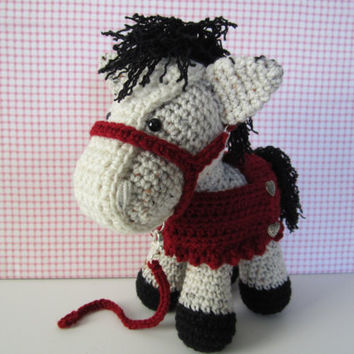 Crochet Horse with Blanket and Halter Amigurumi Horse/Ready to ship and  handmade by CROriginals