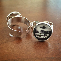 X Files Inspired I Want to Believe Ring Silver Adjustable w/ 14mm Glass Cabochon UFO X-Files Scifi