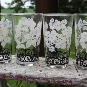 Set Mid Century glassware, vintage Federal Black and White Glasses tumblers glasses, Retro barware, MCM black and white floral glasses