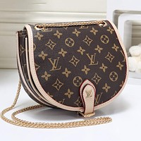 LV Louis Vuitton Newest Women Leather Metal Chain Crossbody Satchel Shoulder Bag Apricot