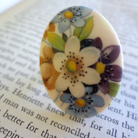 Vintage Floral Oval Cabochon Ring on Brass by SecondEditionJewelry
