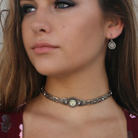 Eternal Beauty Antique Gold Choker With Ivory Faux Stone