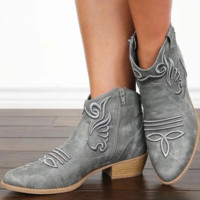 Hot style comfortable low heel casual round head low boot woman