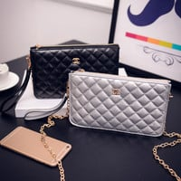 Women Classical Chic Bag On Sale = 4457516804