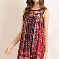 Printed High-Low Dress Featuring Lace Trim on Yoke