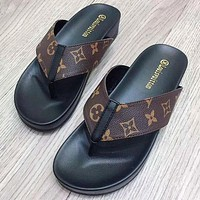 Alwayn LV Shoes Louis Vuitton Slippers Clip foot shoes flip-flops Sandals Monogram Print Coffee LV  Print