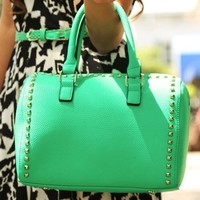 Carrying Your Love Purse: Jade