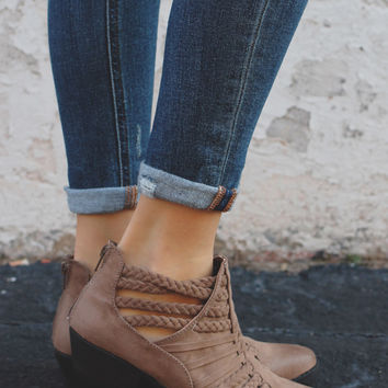 Blazing Trails Booties - Taupe