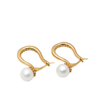 Gold Earring With Pearls