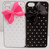 Bow-knot Iphone case,Gypsophila Couple leather iphone case,studded iphone 4 case,iphone 5 case,directioner,crystal case for iPhone 5 Case