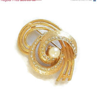 ON SALE Vintage Clear Rhinestone and Faux Pearl Layered Swirl Brooch or Pin