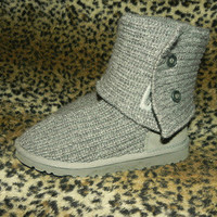 Uggs Grey Classic Cardy (Knit Boots) SIZE 4 FITS 6 *SEE SIZING CHARTS