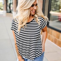 Strong Impression Striped Top (black/white)