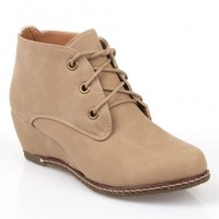 Nature Breeze Willow-01 NuBuck Round Toe Lace Up Wedge Boots Beige