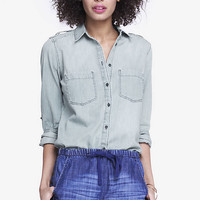 CONVERTIBLE SLEEVE DENIM BOYFRIEND SHIRT from EXPRESS