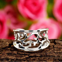 Women Silver Plated Rings Hollow One size