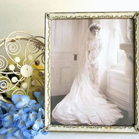 Vintage Shabby Cottage 8x10 picture photo frame, ornate gold tone metal distressed white frame, table top or wall hanging
