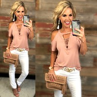 Not too Complicated Cold Shoulder Top: Rose